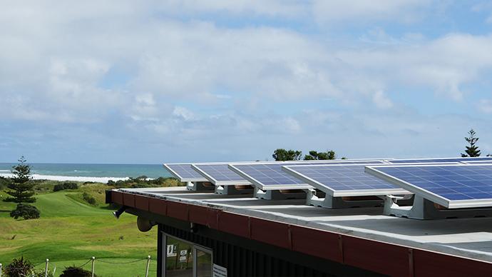 skysolar-installation-muriwai-golf-club
